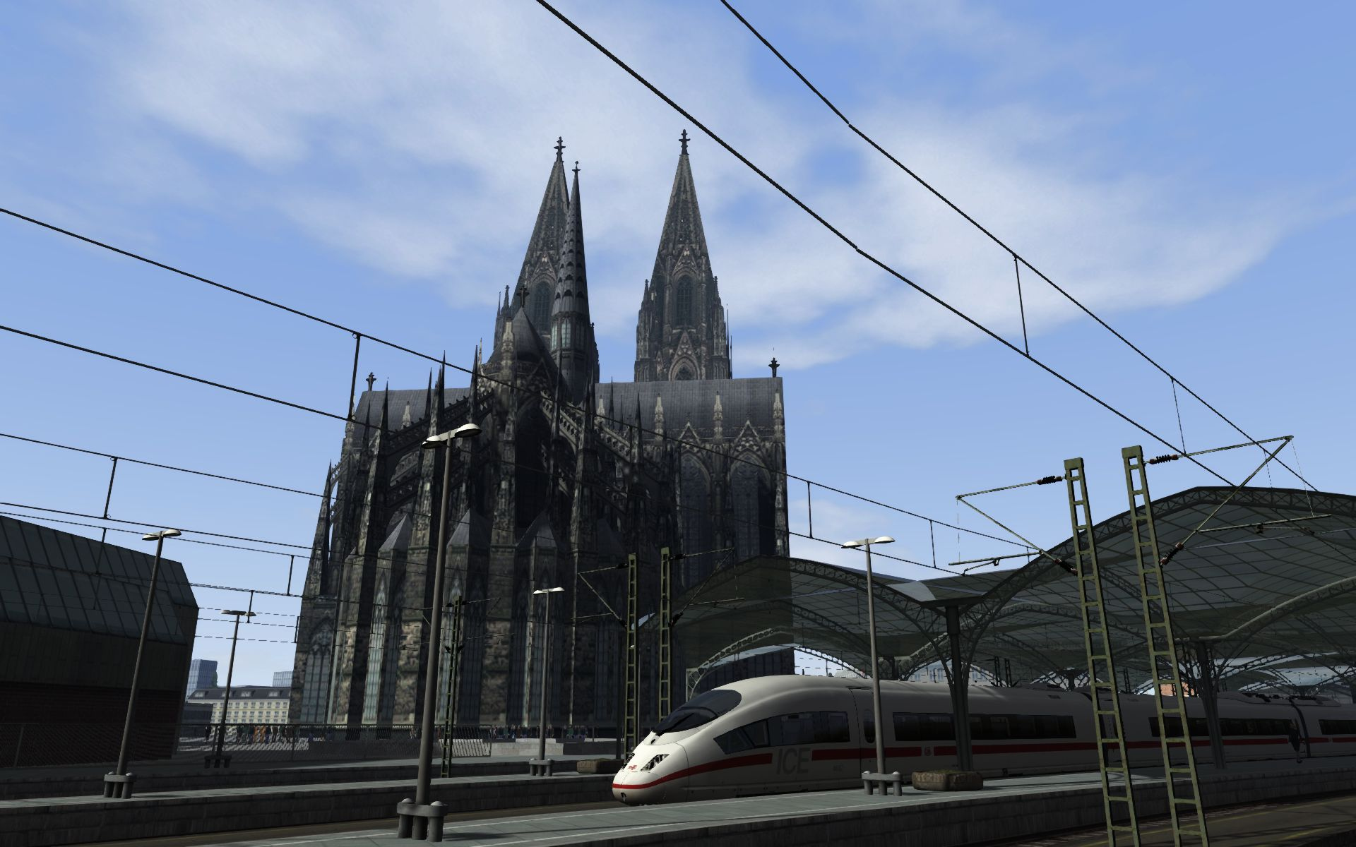 ICE3 at the Kölner Dom