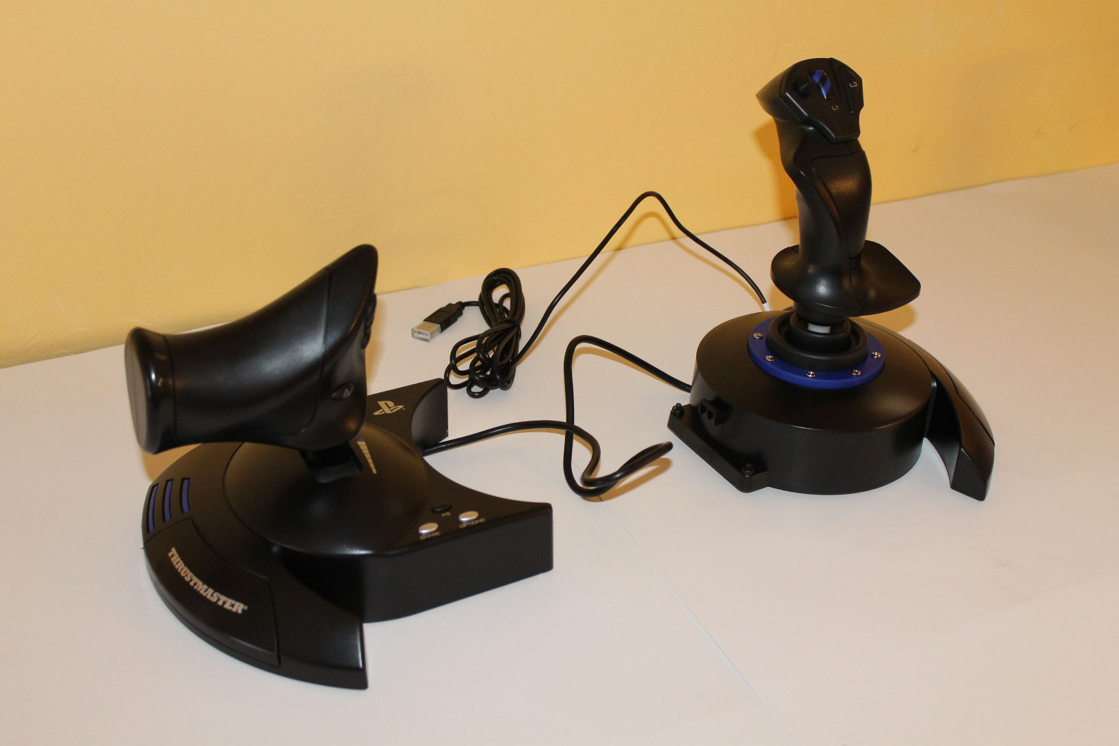 Thrustmaster T Flight Hotas 4 and Rudder Pedals – Overview